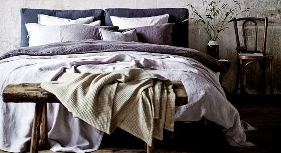Sengen skal gerne være indbydende og skabe rammen om den bedste nattesøvn. Godt sengetøj gør begge dele, og i Zara Homes nye sengetøjskollektion findes bl.a. vasket hørsengetøj i en række afdæmpede farver, der også fungerer flot i kombination. Vasket hørsengetøj fra Zara Home, fra 699 kr.