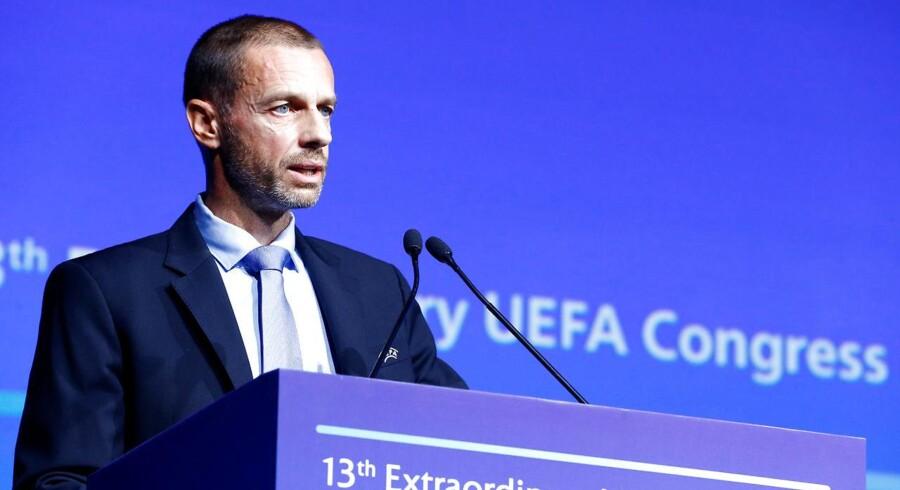 Uefa-præsident Aleksander Ceferin ønsker politiske tiltag, der kan bidrage til at tøjle spilleres prisvækst.