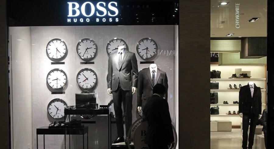 For 2018 venter Hugo Boss at løfte sin omsætning med en lav til midt-encifret procentsats, mens EBITDA ventes at udvikle sig i niveauet minus 2 til plus 2 pct.