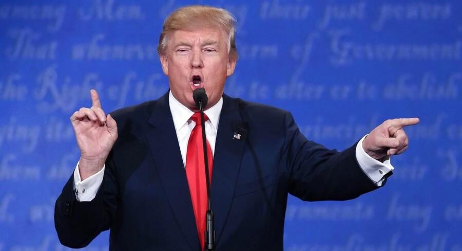 Donald Trump ligner en færdig mand i kampen om præsidentposten i USA. Der spekuleres nu heftigt i, at den 70-årige rigmand vil skabe sin egen TV-station.