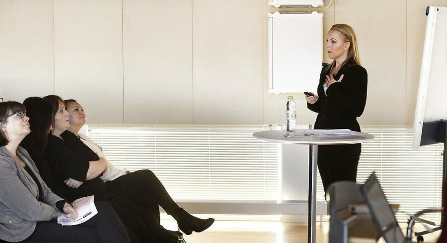 Eva Persson, medstifter af advokatfirmaet Concilio & Co. holder oplæg om Kvinder på toppen.