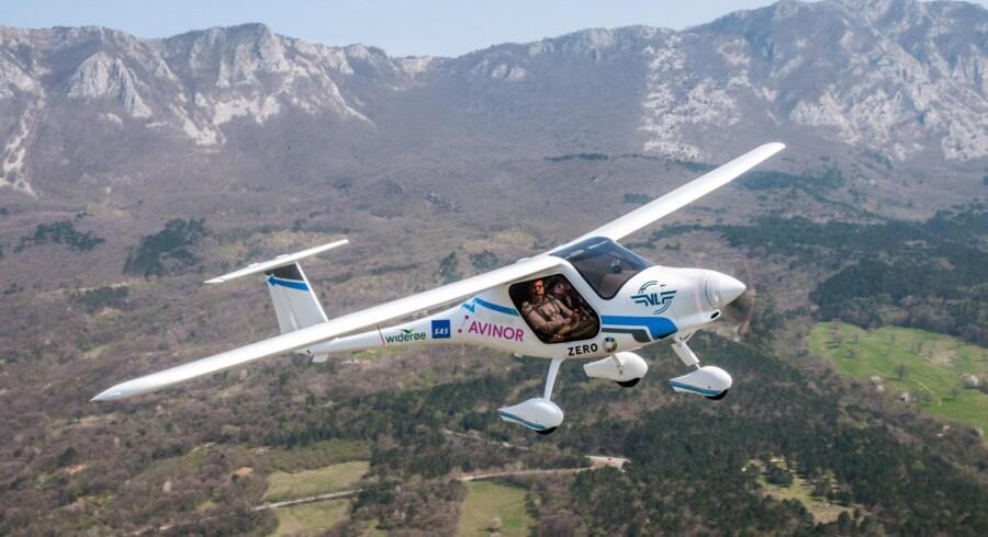 Det første elektriske fly i Norge er klar til afgang. Mandag eftermiddag flyver det fra lufthavnen Gardemoen i Oslo med landets transportminister om bord. Avinor/handout/Ritzau Scanpix