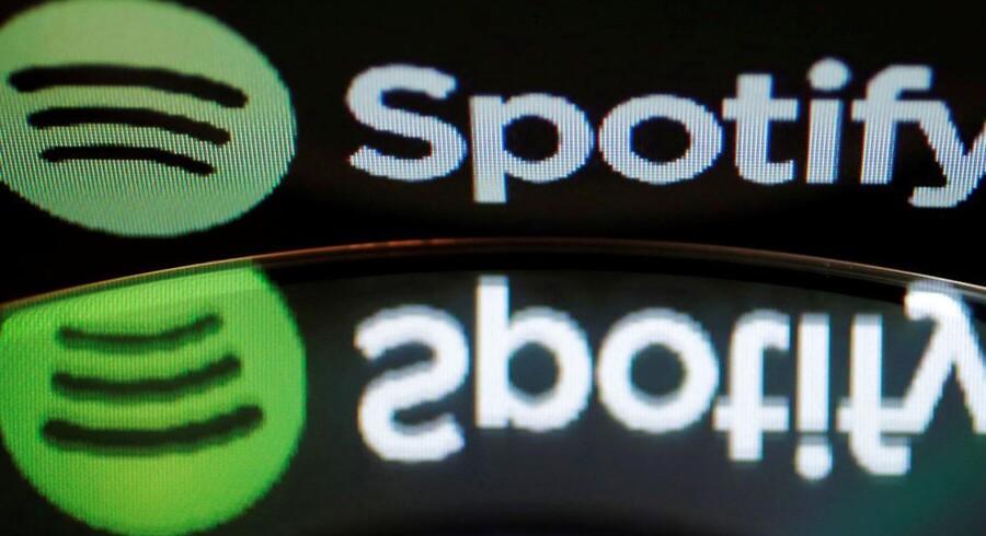 Spotify anklages for at fylde playlister med falske kunstnere.