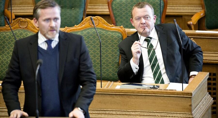 ARKIVFOTO: Anders Samuelsen og Lars Løkke Rasmussen i folketingssalen.