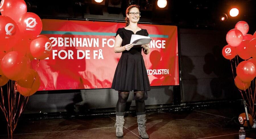 Ninna Hedeager (Ø) holder tale i forbindelse med kommunalvalget i november.