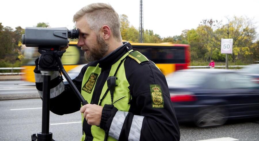 Politiet holder igen i år et vågent øje med trafikanterne ved landets skoler. Arkivfoto.