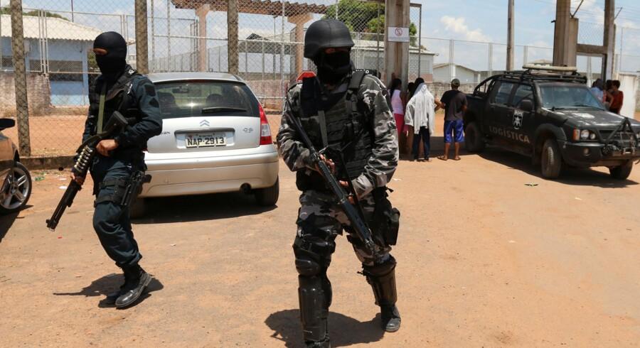Søndag stormede brasilianske specialstyrker et fængsel i delstaten Roraima og genvandt kontrollen, efter at adskillige fanger var gået amok på hinanden. Reuters/Stringer