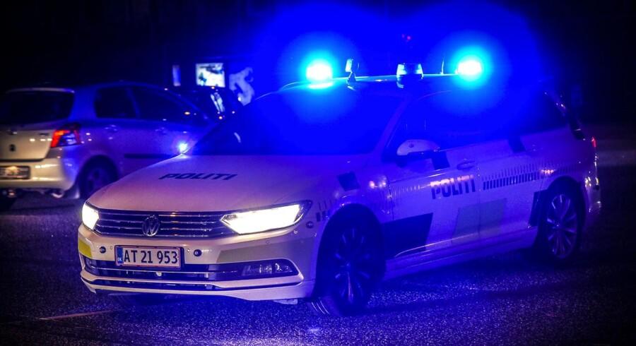 Arkivifoto: To maskerede mænd røvede mandag aften en Shell i Billund. De slap væk med cigaretter og penge.