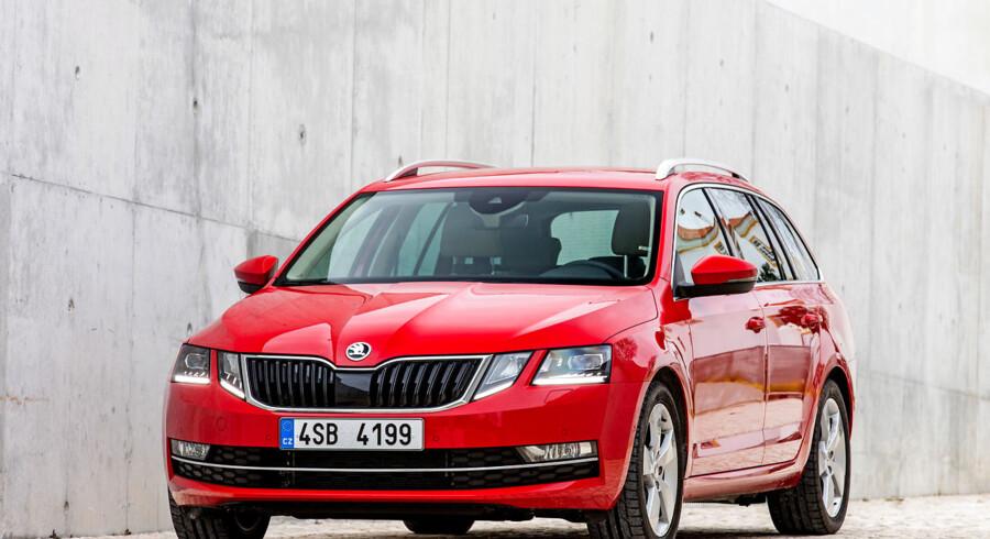 Inden 2025 vil Skoda have fem rene el-biler og et par hybrider ligeså. Den platform den nuværende Skoda Octavia står på, er faktisk allerede forberedet til både el- og hybridteknologi.