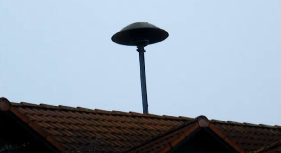 Sirene på toppen af brandstationen i Paunzhausen, som nu er blevet verdensberømt i Tyskland.