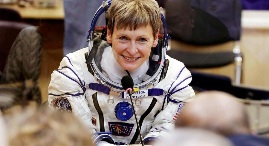 Peggy Whitson forud for opsendingen af rumskibet Soyuz MS-3