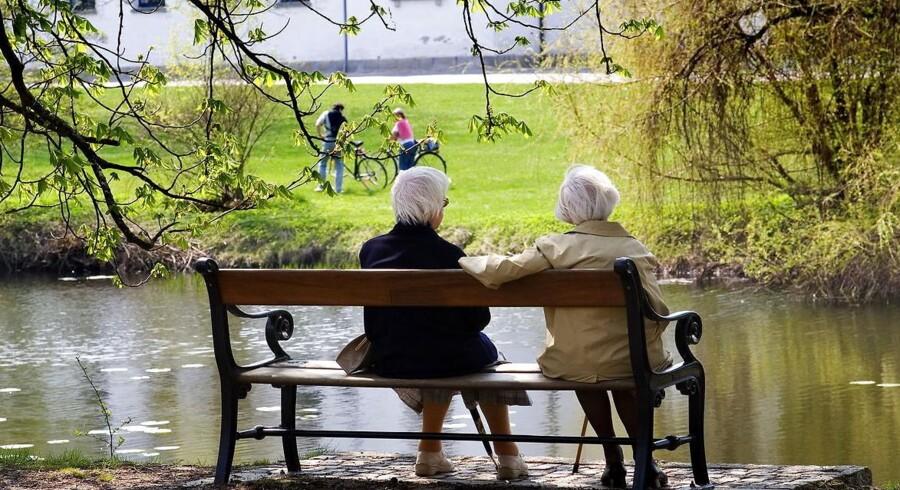 »Seniorordningerne er et babyskridt i retningen af en differentieret pensionsalder, hvor der er nogle grupper, som skal blive længere på arbejdsmarkedet. Seniorordningerne vil øge arbejdsudbuddet, og vi vil ikke så nemt komme i en situation med mangel på arbejdkraft,« siger Tore Stramer.
