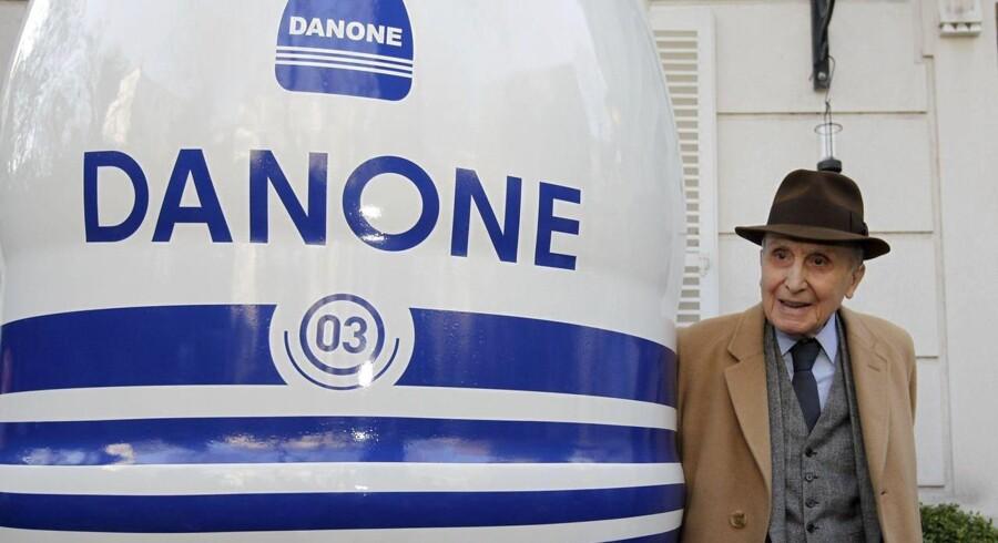 Daniel Carasso, 103 år, søn af grundlæggeren af den franske fødevarevirksomhed Danone. Billedet blev taget i Paris 2009 i forbindelse med Danones 90 års jubilæum. Foto: REUTERS/Jacky Naegelen.
