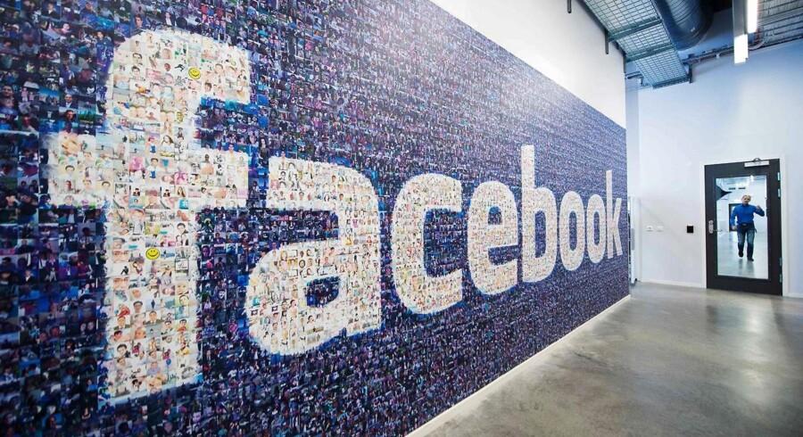 Spørgsmålet er, om Facebook er blevet så stor, fordi det arbejder med ulovlige brugerbetingelser. Det vil de tyske konkurrencemyndigheder nu undersøge. Arkivfoto: Jonathan Nackstrand, AFP/Scanpix