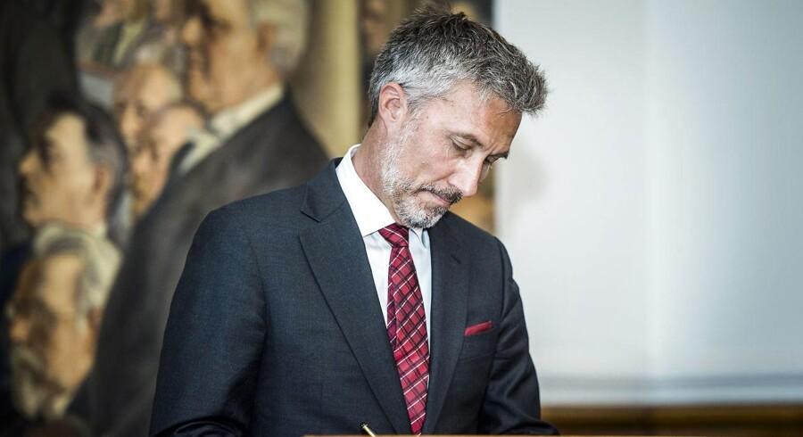 Løkkegaard undrer sig over omfanget af kaos i Storbritannien midt i exit-proces, siger han i EU-Parlament.