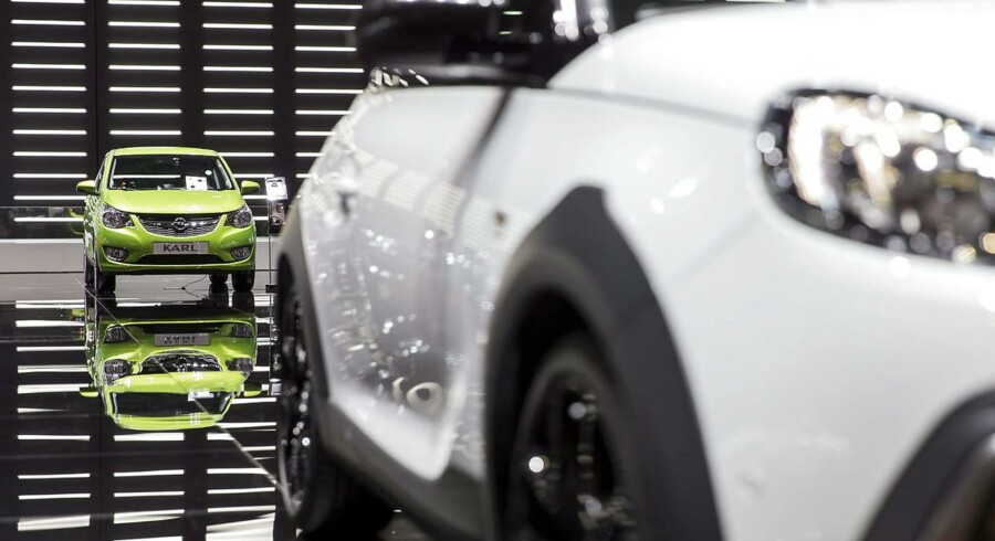 Opel erkender, at motoren i den tyske bilproducents populære model Zafira periodevis frakobler et udstødningssystem, oplyser den tyske transportminister, Alexander Dobrindt. (EPA/CYRIL ZINGARO)