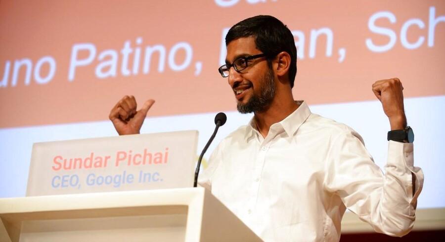 Sundar Pichai blev sidste år ny direktør for Google, efter at internetgiganten omorganiserede sig helt under et nyt moderselskab, Alphabet. Arkivfoto: Erik Piermont, AFP/Scanpix
