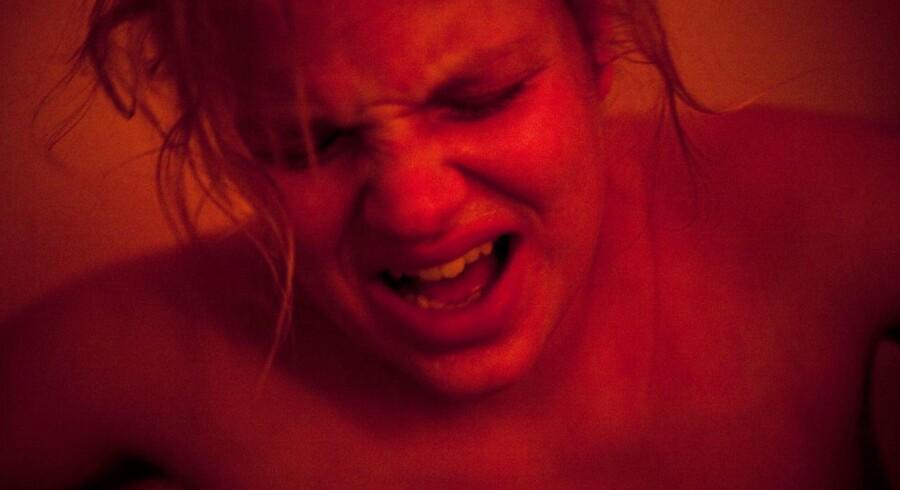 Arkivfoto af fødende kvinde.