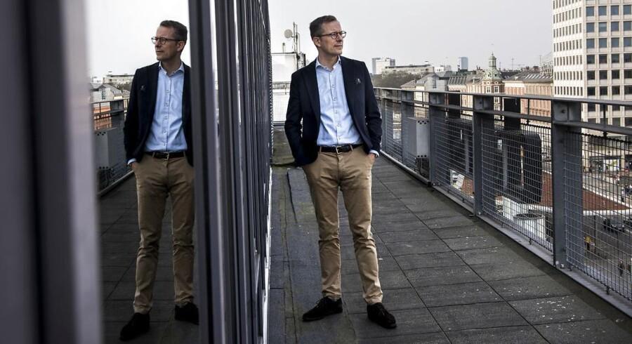 Lars Storr-Hansen, der er administrerende direktør i Dansk Byggeri, glæder sig dog over, at sjællandske kommuner er begyndt at blande sig i topstriden.