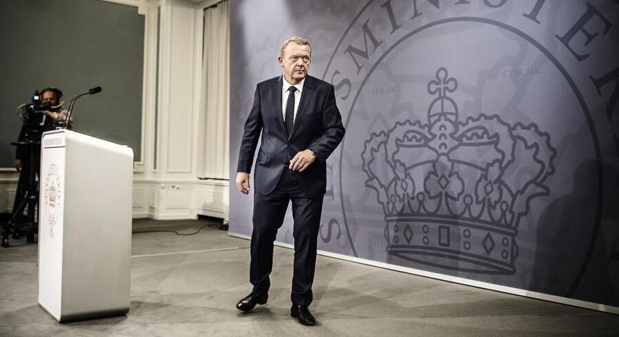 Statsminister Lars Løkke Rasmussen (V) opgav nulvækst trods ren V-regering, da han kunne præsentere sin regering og sit regeringsgrundlag.