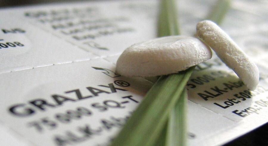 ALK har udviklet vacciner mod allergier som græs og såkaldt ragweed. De er på markedet i blandt andet USA og Europa. I Europa står ALK selv for salget, men havde udliciteret det til MSD, Merck, i USA.
