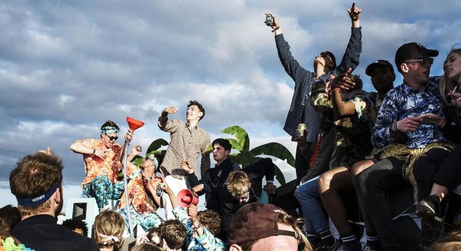 Roskilde Festival 2017 er officielt skudt i gang. I dag starter musikdagene.