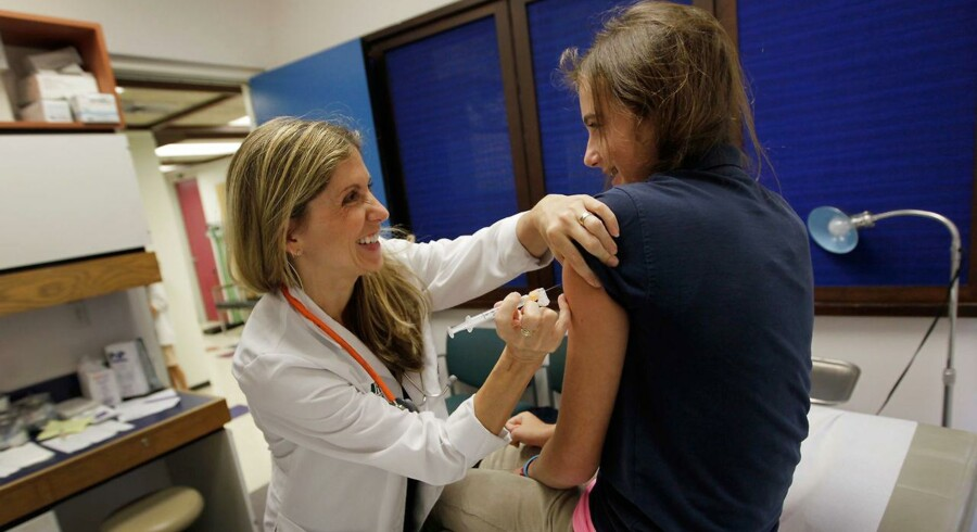 Der er sket en fordobling i antallet af piger, der påbegynder HPV-vaccinationsprogrammet, viser nye tal fra Statens Serum Institut.