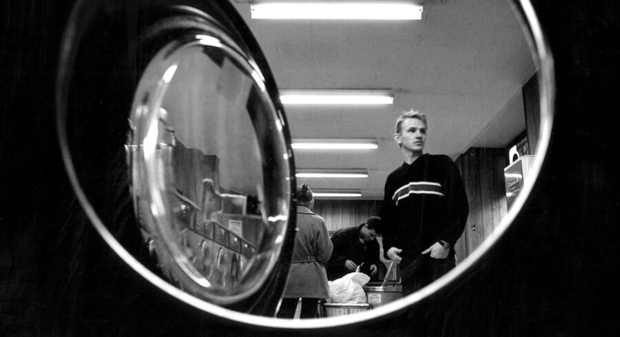Kunderne på møntvaskeriet i Elmegade i København i 1996 ville nok synes, at Glenn Reids vaskemaskine lød som noget fra en science-fiction film.
