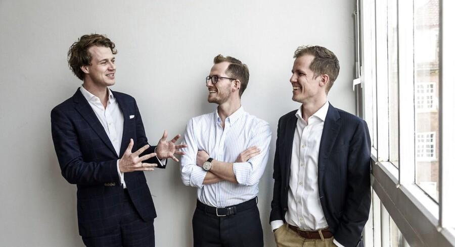 Først vekslede de velbetalte advokatstillinger til syngende usikkerhed. Siden disruptede de advokatbranchen, og nu er de så ved at disrupte sig selv. Blue Data Management er godt i gang med at sætte skik på en af digitaliseringens største onder.
