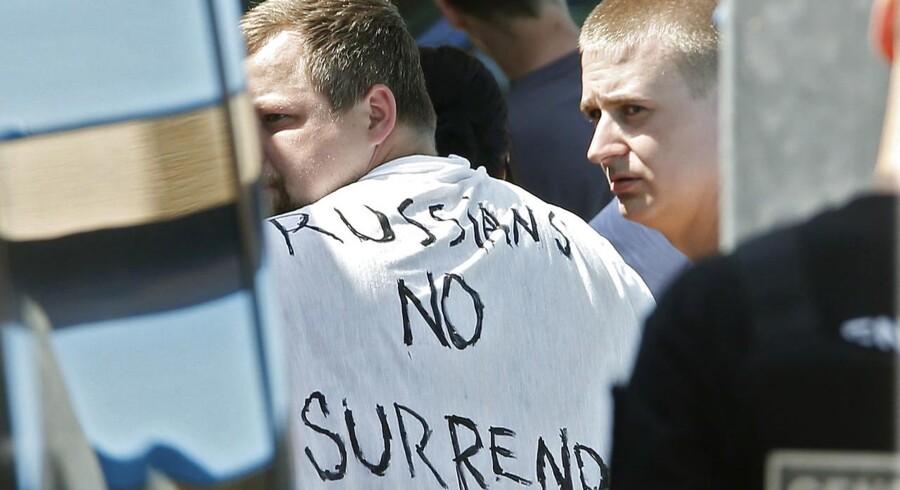 Volden er fællesnævner hos alverdens hooligans - ikke mindst hos de russiske, som har gjort sig særligt bemærket ved dette års EM i fodbold. Men hvad er det ellers, som får folk - primært mænd - til at springe ud som hooligans?
