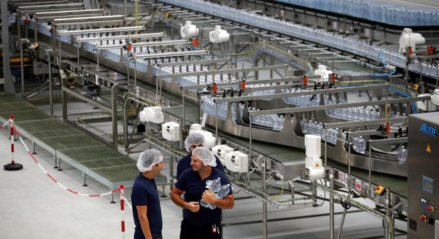 I et kvartal præget af let opbremsning er drikkevand et af de forretningsområder for fødevaregiganten Nestlé, der vokser støt.