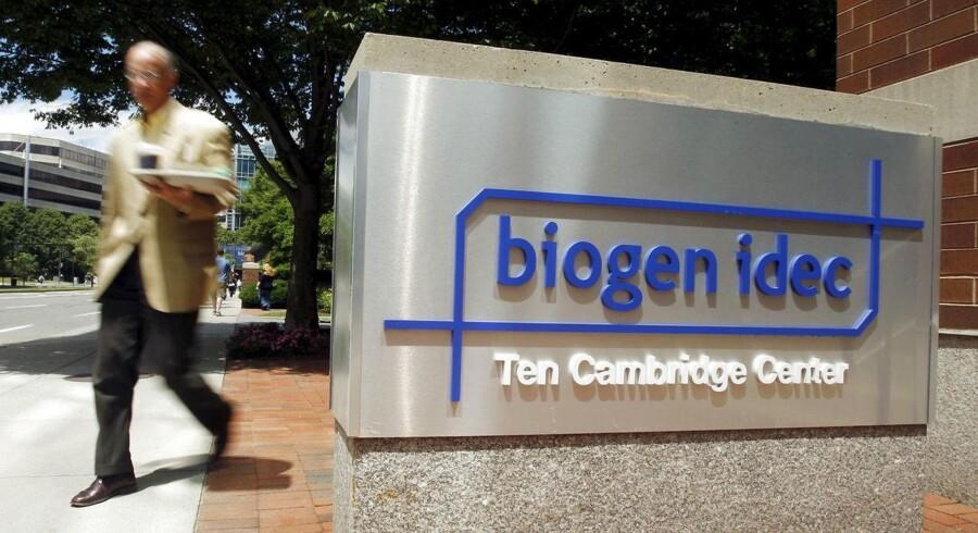 Arkivfoto. Den amerikanske medicinalvirksomhed Biogen har solgt og tjent mere end ventet i andet kvartal, og det er med til at løfte udsigterne for resten af året.