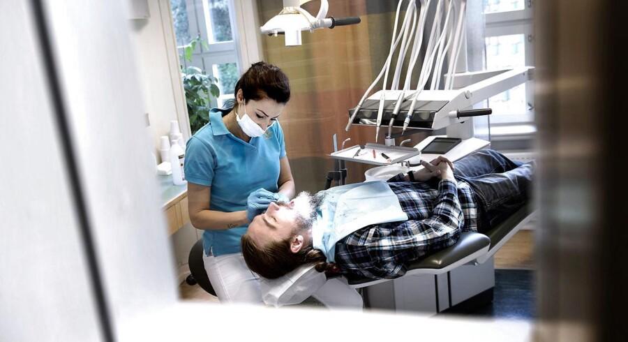 Når Styrelsen for Patientsikkerhed ser tandlæger over skulderen og fører tilsyn med, hvad der foregår på klinikkerne, så er det for patienternes skyld.