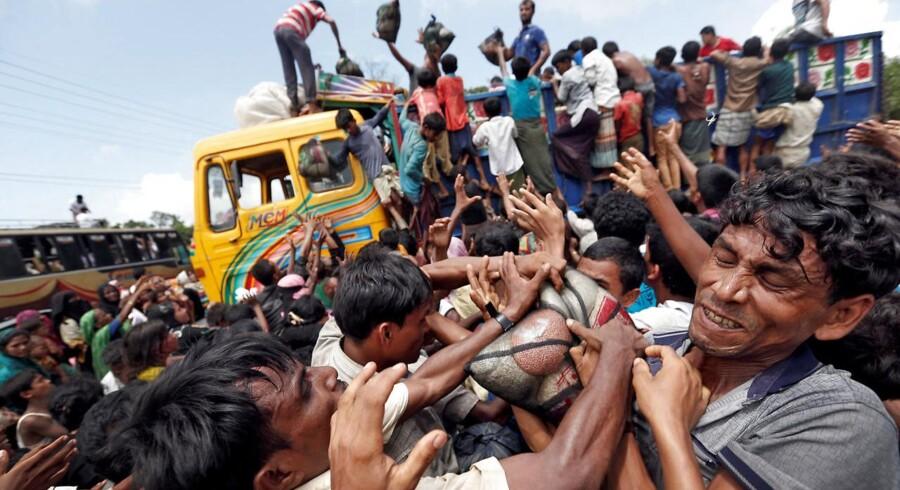 Der er ankommet 422.000 rohingyaer fra Myanmar til Bangladesh siden slutningen af august.