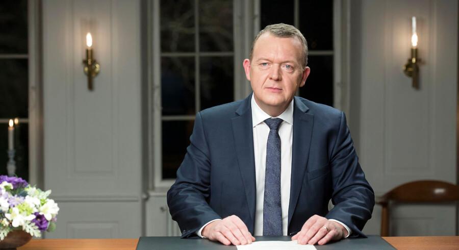 Statsminister Lars Løkke Rasmussen holder sin nytårstale på Marienborg. Billederne er optaget tirsdag d. 29 december 2015. Statsministerens nytårstale optages 29/12 på Marienborg, Nybrovej 410.
