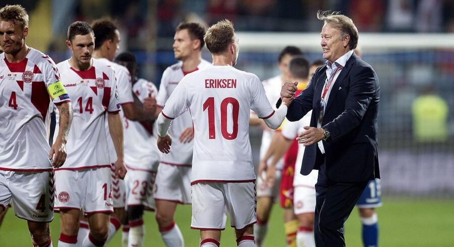 Christian Eriksen og Landstræner Aage Hareide efter VM kvalifikationskamp mellem Montenegro-Danmark på Grandski Stadion i Podgorica.