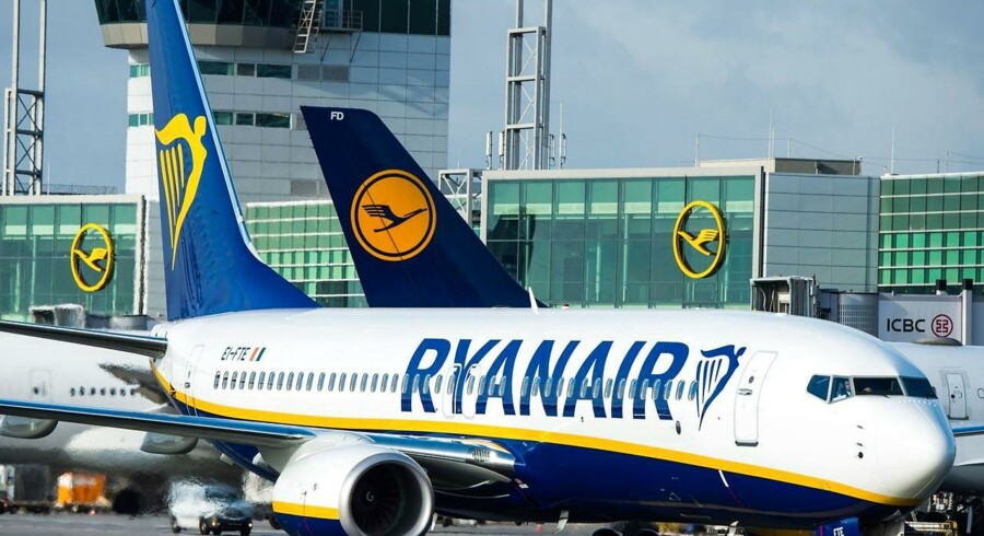 Arkivfoto. Ryanairs resultat efter skat for tredje kvartal faldt med otte procent som følge af pundets fald.