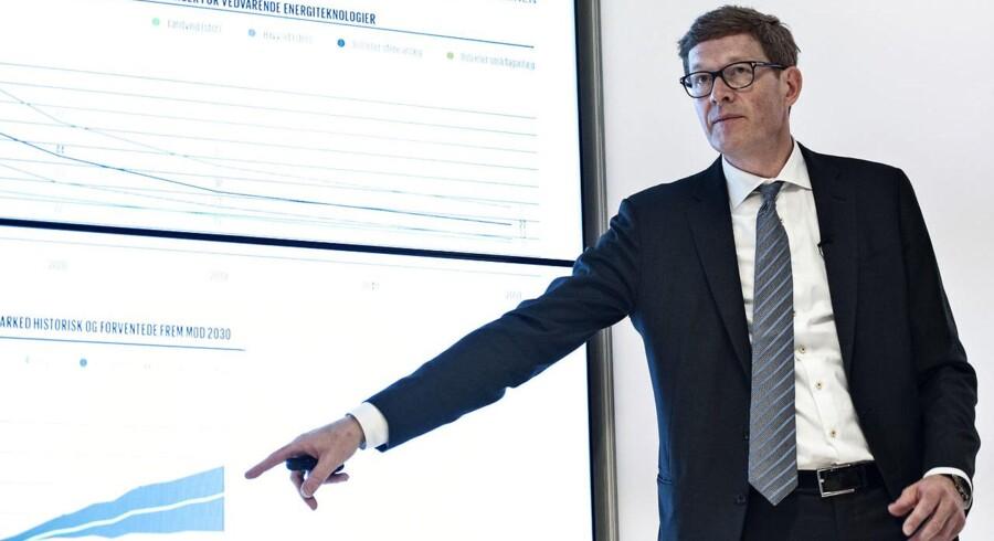 Niels B. Christiansen var i 2016, som daværende Danfoss-direktør, Danmarks bedst lønnede topchef med en løn på 57 mio. kr. Niels B. Christiansen er i dag direktør for Lego.