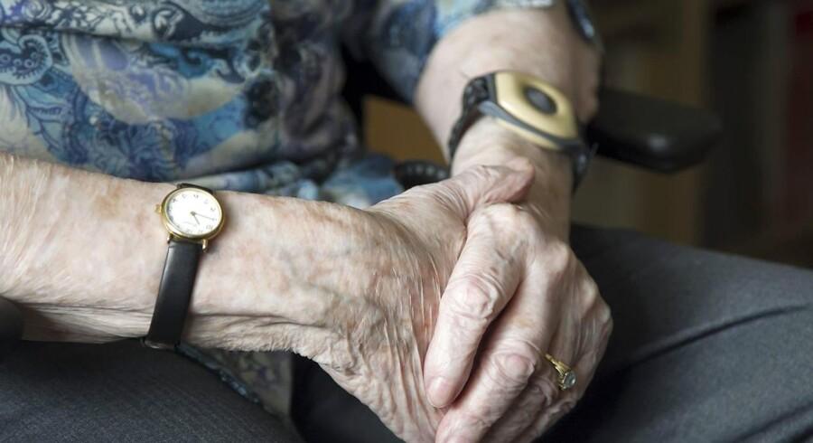 For første gang i tyve år faldt kvinders forventede levealder i 2015. Samtidig vokser andre faktorer end køn i betydning. (Foto: Sophia Juliane Lydolph/Scanpix 2016)