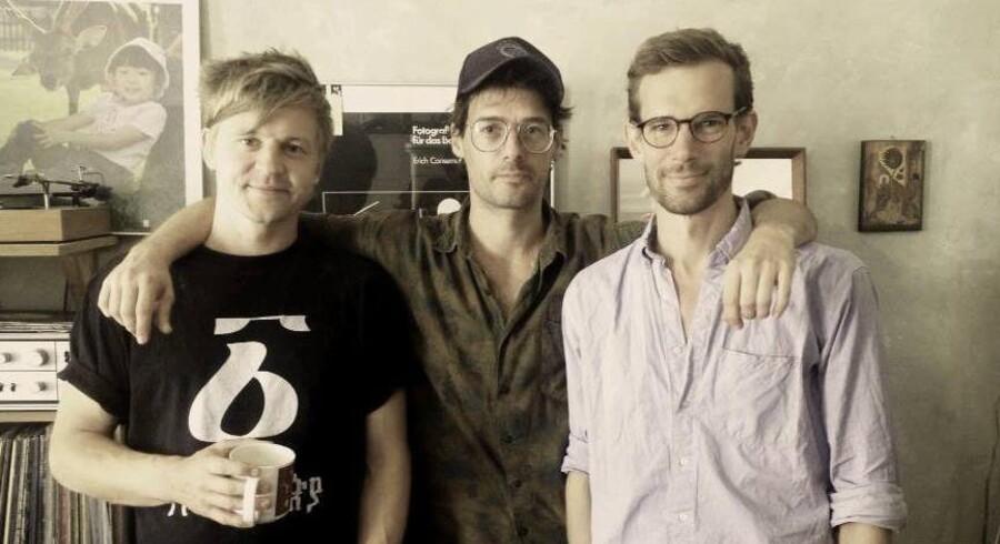 Trioen dyrker ikke rockens cool attituder. Hverken i musikken eller på pressebillederne. Foto: PR-foto