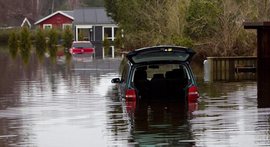 Hyllingeriis ved Skibby blev hårdt ramt af oversvømmelser, da stormen i sidste uge fejede over landet, men uden tilstrækkelig sikring af kysterne kan det blive meget værre i fremtiden.