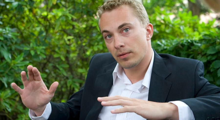 Morten Messerschmidt afviser at have hyldet Hitler under sin våde frokost på Grøften i april 2007.