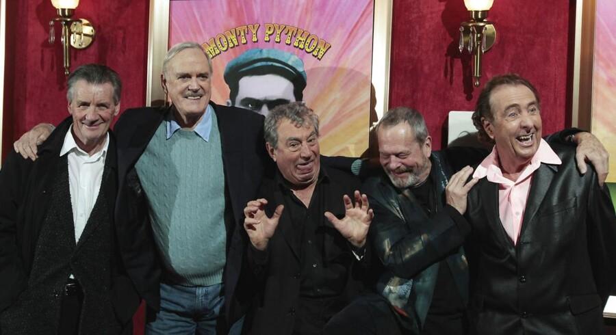 Den originale besætning i Monty Python-truppen: Fra venstre: Michael Palin, John Cleese, Terry Jones, Terry Gilliam og Eric Idle.