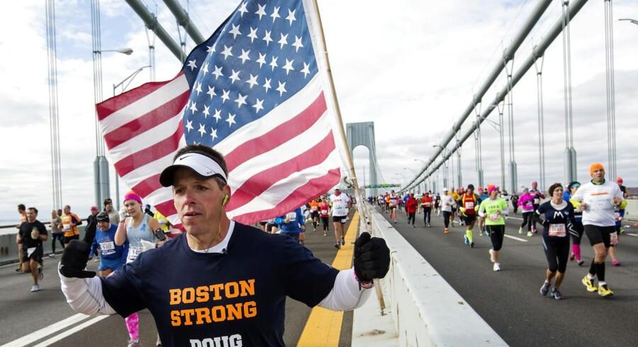 Flere end 47.000 deltager i dag i det kendte New York City Marathon, hvor turen går gennem de fem bydele Staten Island, Brooklyn, Queens, Manhattan og Bronx.