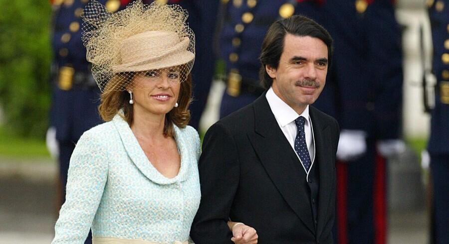 Tidligere premierminister i Spanien José María Aznar og hans kone, Ana Botella, er blandt de sydeuropæiske politikere, der har misbrugt offentlige midler. i begyndelsen af 00erne fik ægteparret ikke færre end 203 timer til at gå med at lære at spille golf på skatteydernes regning.