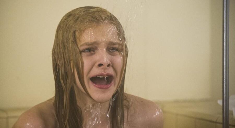 Chloë Grace Moretz har overtaget rollen som Carrie fra Sissy Spacek i en ny udgave af Stephen Kings klassiker.