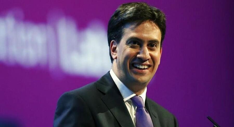 """Labour-lederen Ed Miliband levede i tirsdags op til sit øgenavn, """"Røde Ed"""", da han leverede den mest røde tale, en leder af det gamle arbejderparti har holdt i årtier."""