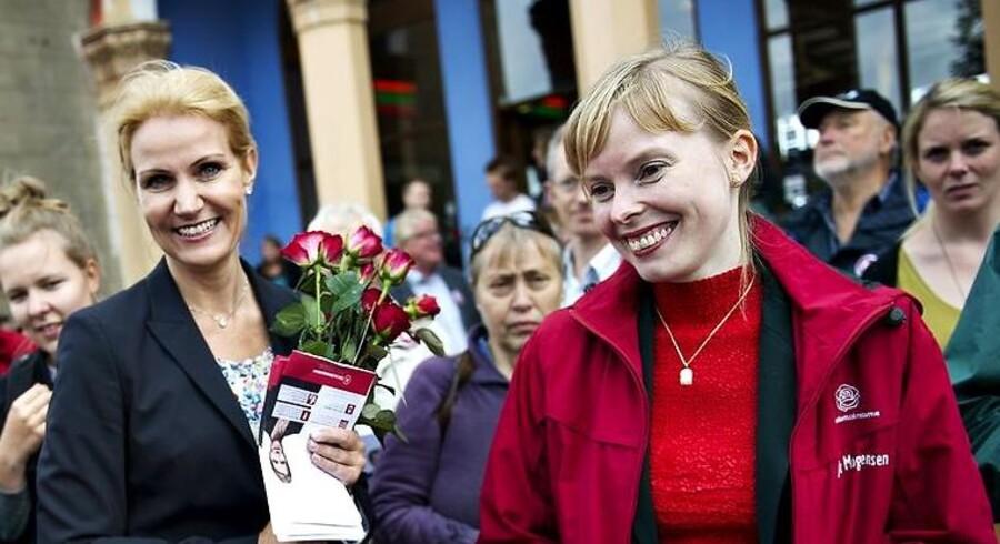 Roskildes borgmester Joy Mogensen (S) har fået nok af regeringens plan om betalingsringen. Her sammen med statsminister Helle Thorning Schmidt (S) under valgkampen i september i år.