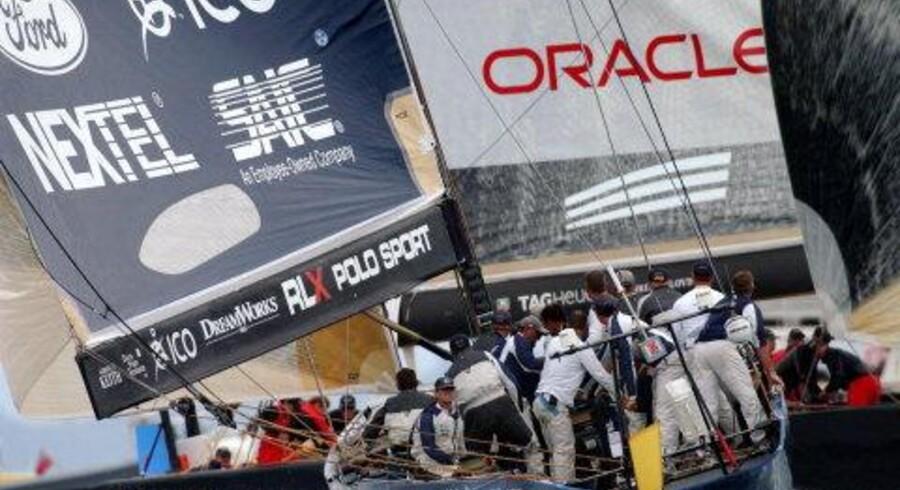 Oracle vandt sejladsen med 55 sekunder og har nu bragtstillingen på 3-1 mod OneWorld. Bedst af syv sejladser vinder semifinalen. Foto: Epa/Scanpix