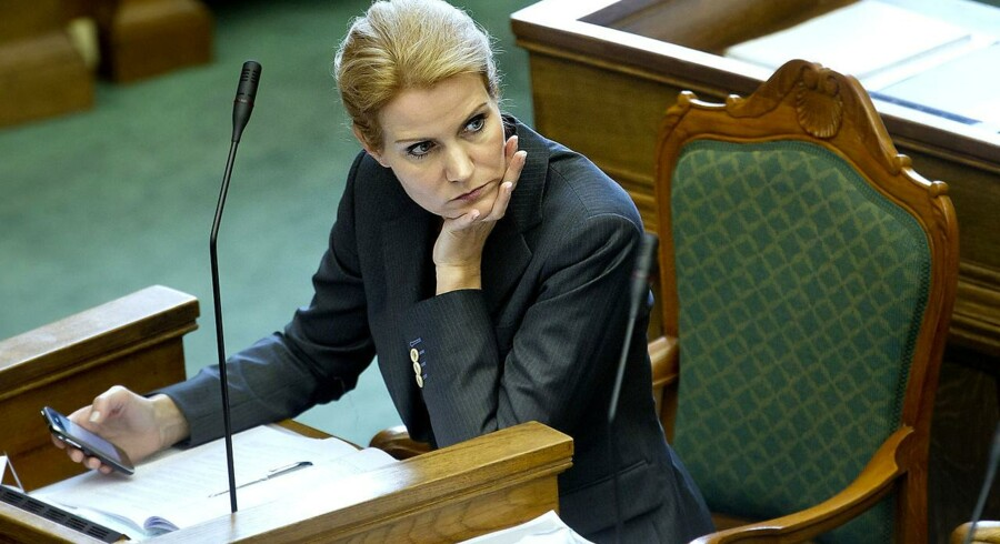 Statsminister Helle Thorning-Schmidt var under kraftig beskydning af især Venstre under Folketingets åbningsdebat torsdag 6. oktober 2011. Boligpakken var det varmen emne.
